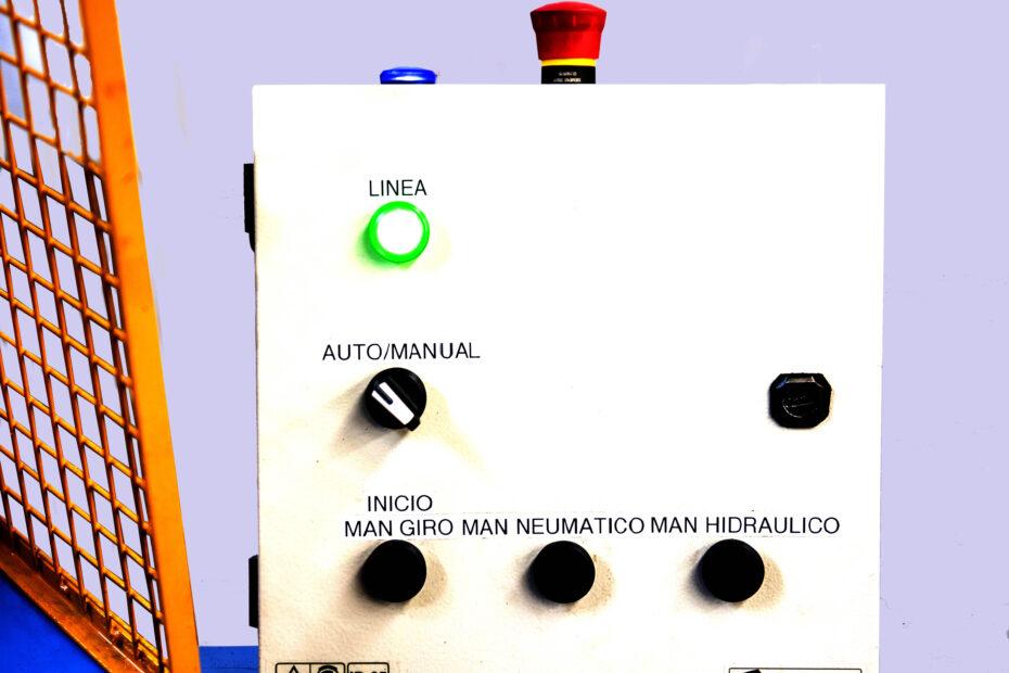 lino-del-bianco-maquinas-dispositivos-repujadora-tablero